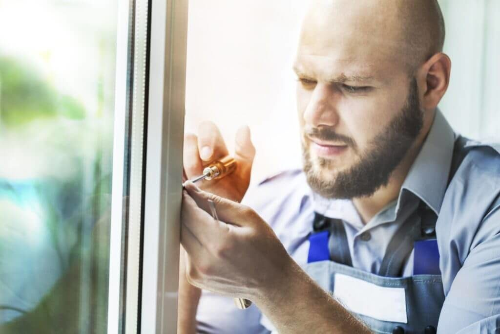Fachmann | Kompetenz | Fensterreparatur